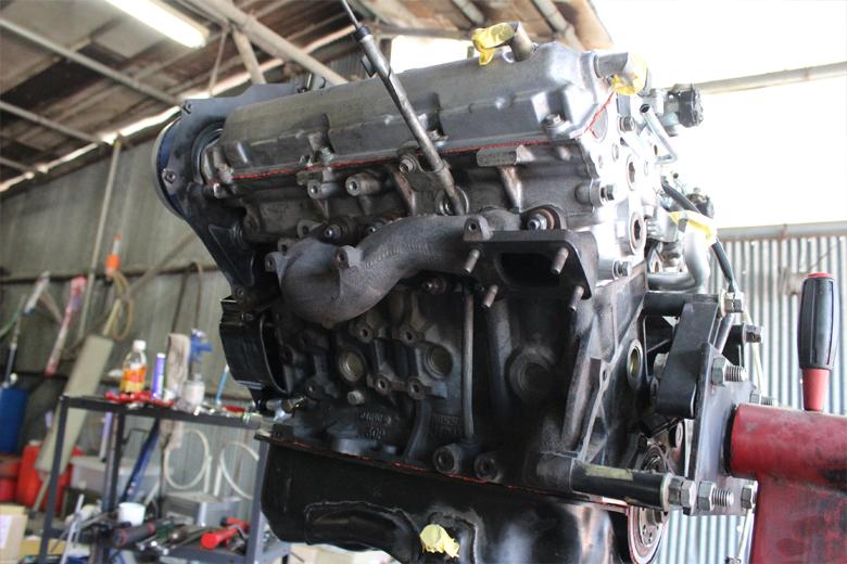 フェアレディz32のセミレストア中VG30DETTエンジン③